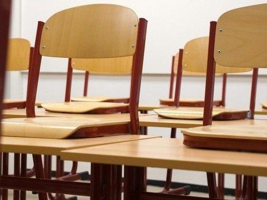 Школу в Новом Уренгое закрыли на карантин из-за пневмонии