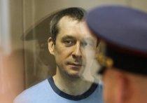 15 октября в Мосгорсуде продолжилось слушание апелляционных жалоб защитников осужденного за коррупцию экс-полковника Дмитрия Захарченко и представления прокуратуры
