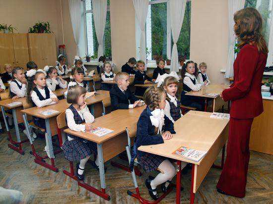 В дипломаты — со школьной скамьи