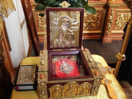 В Оренбуржье привезли мощи Николая Чудотворца