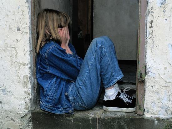 В Заринском районе опекун истязала детей и поила их психотропными таблетками