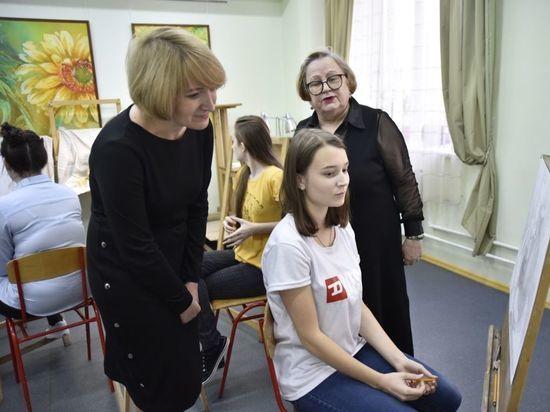 Юные художники из Серпухова украсят  «Добрую комнату» в детской больнице