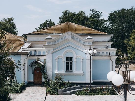 В Евпатории открыли первый крымский ТЮЗ