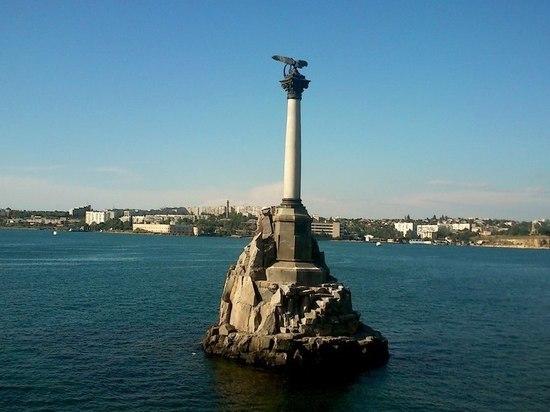 Часть Севастополя осталась без воды из-за аварии