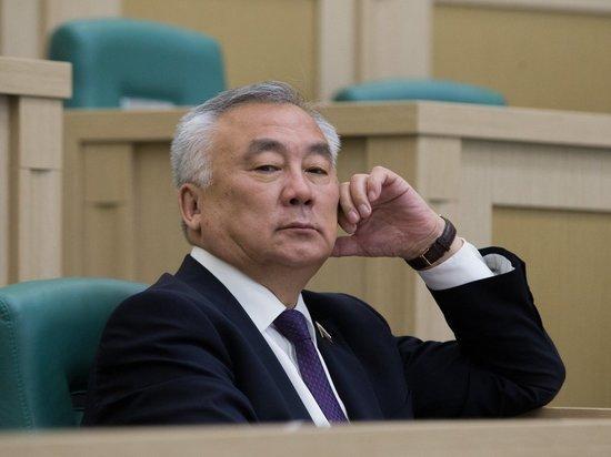 Жамсуев перестал быть зампредом комитета Совфеда и может перейти в другой
