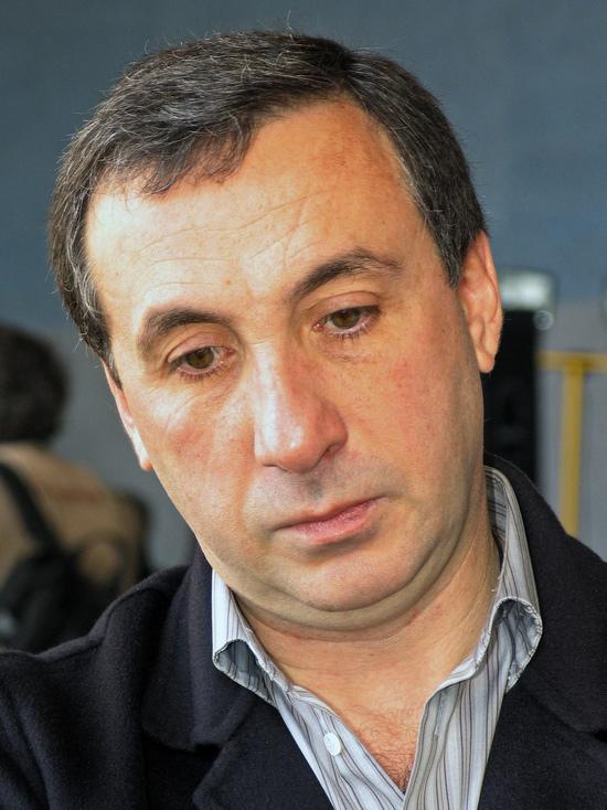 Суд арестовал акции компании президента ЦСКА Гинера