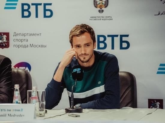 Медведев отказался от турнира в Москве: теннисист устал от успеха