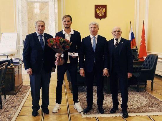 Даниилу Медведеву присвоено звание заслуженного мастера спорта России