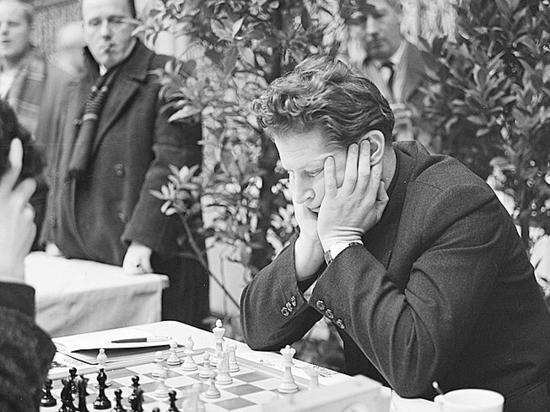 Старейший гроссмейстер мира мечтает дожить до ста лет