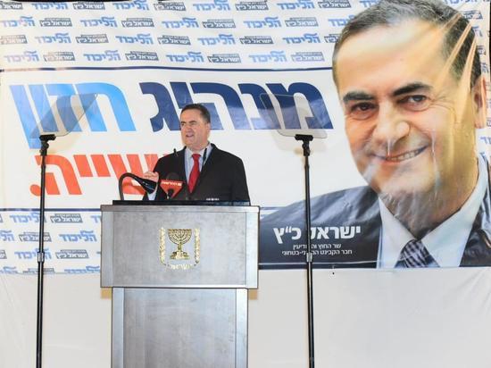 Министр Исраэль Кац призвал Бени Ганца поговорить по-соседски