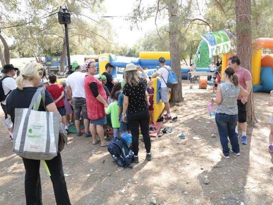 В Лесу Бен Шемен проходит фестиваль «Сказочный лес»