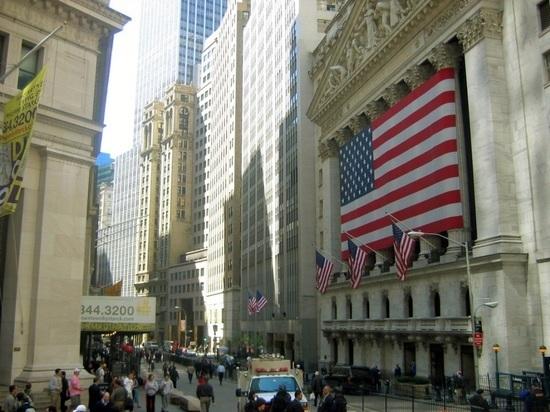 Россия увеличила вложения в американские госбумаги