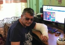 «Сломали руку и закинули в клетку»: журналиста избили в больнице Краснокаменска