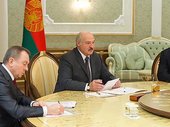 Лукашенко прокомментировал конспирологическую версию задержания россиянки в Минске