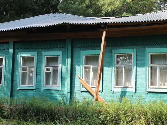 Под Воронежем разрушается здание первого народного театра