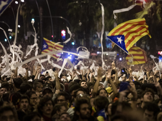 Пятая колонна сторонников независимости: чем закончатся протесты в Барселоне