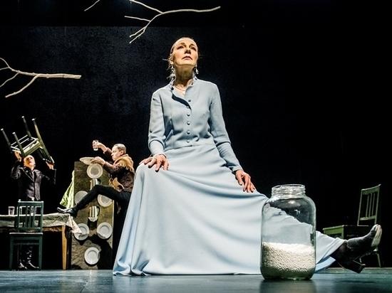 Последний спектакль Някрошюса «Сукины дети» показали в Москве