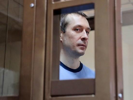 Суд смягчил приговор экс-полковнику Захарченко