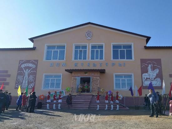 Дом культуры по нацпроекту восстановили в селе Чернышевского района