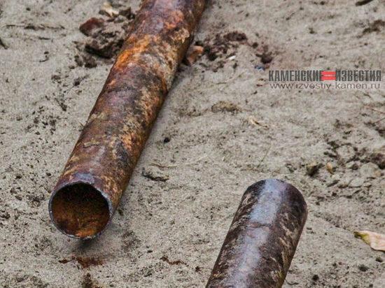 Старые трубы уложили вместо новых на теплотрассе в Камне-на-Оби