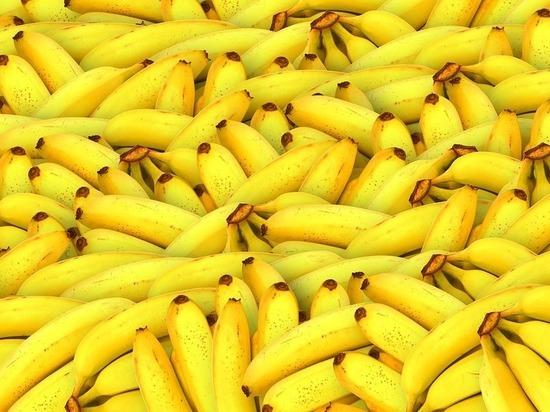 Кому нельзя есть бананы, рассказал врач