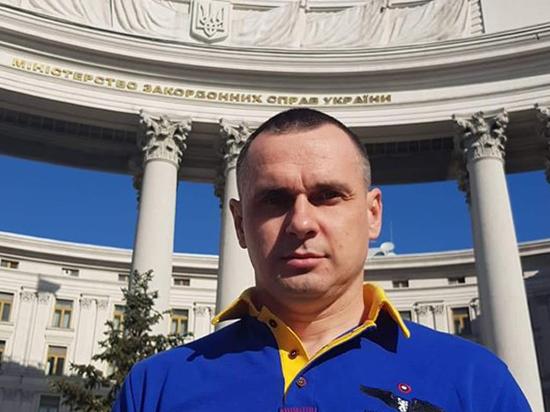 Помилованный Путиным Сенцов назвал русских и украинцев братьями