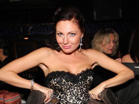 Задержанную за наркотики актрису Бочкареву лишили водительских прав