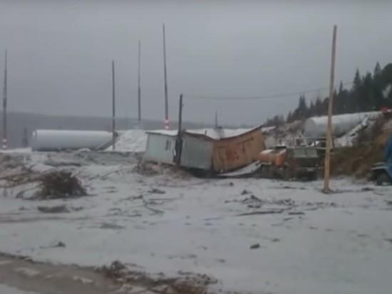 Золотодобывающая компания, чей поселок смыло наводнением, загрязняла реку