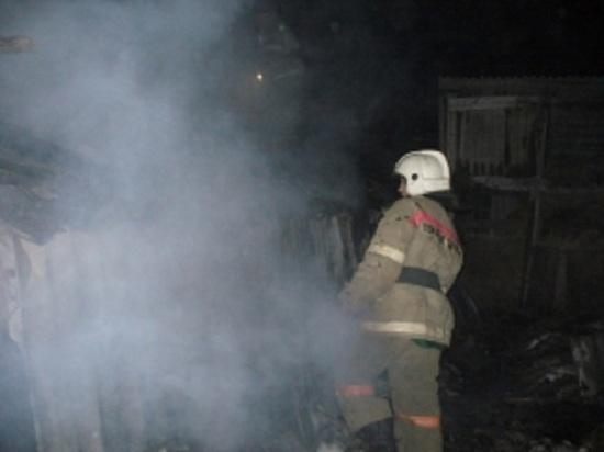 В ночном пожаре в Костромской области сгорел частный дом