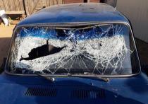 В Улан-Удэ вандалы разбили кредитный автомобиль и облили его бензином