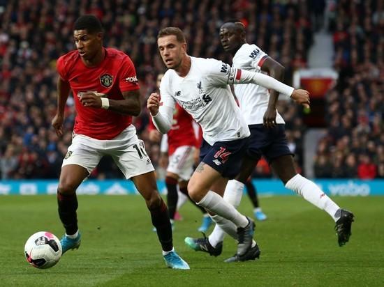 «Ливерпуль» впервые потерял очки: «Манчестер Юнайтед» почти победил
