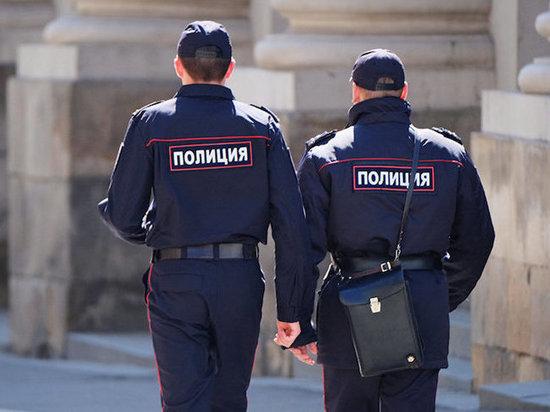 Участников фем-движения в Комсомольске вызываю на допросы