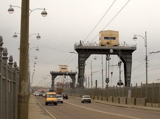 С 21 октября ограничат скорость на плотине ГЭС в Иркутске