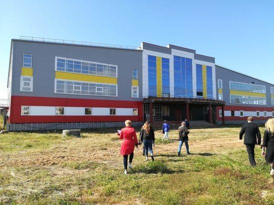 Семилетней давности долгострой, ФОК в поселке Приволжский будет завершён в 2020 году, к вековому юбилею Марий Эл. Помощь Марий Эл в этом окажет концерн «Газпром», выделив 145 млн рублей.