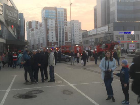 Рязанка утверждает, что во время эвакуации детей забыли в кинотеатре