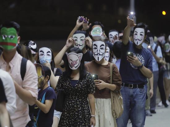 Хунвейбины XXI века: кто стоит за протестами в Гонконге