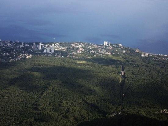 В Симферополе прооперировали упавшую с горы девушку