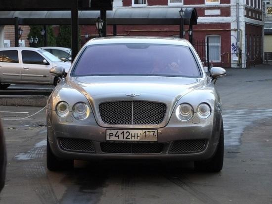 Новосибирцу начислили налог в 273 тысячи рублей из-за Bentley