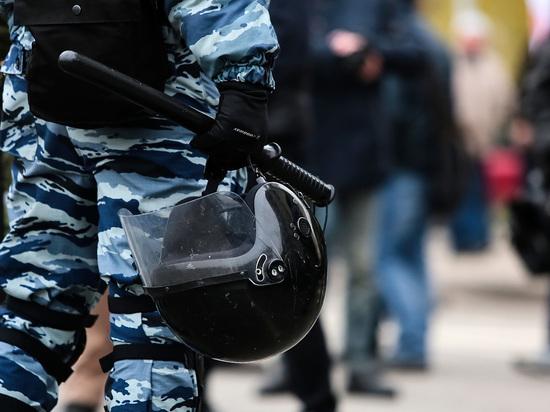 На место перестрелки под Ростовом отправились вертолеты с ОМОНом