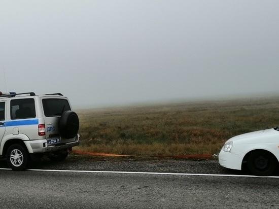 Калмыцкие автоинспекторы помогли заблудившемуся в тумане водителю