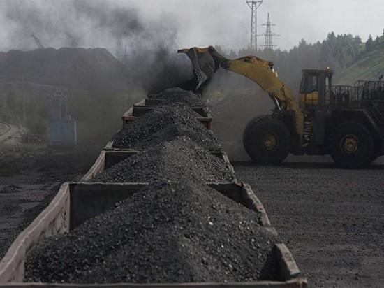 В Абакане на улице Кирпичная располагался склад, вредивший экологии