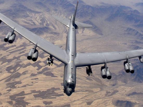 Авиация США сымитировала бомбардировку Крыма