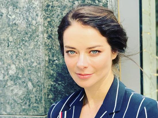 Марина Александрова заявила, что вечером «превращается из золушки в тыкву»