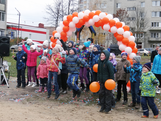 Еще одна новая детская площадка от Т Плюс открылась во Владимире