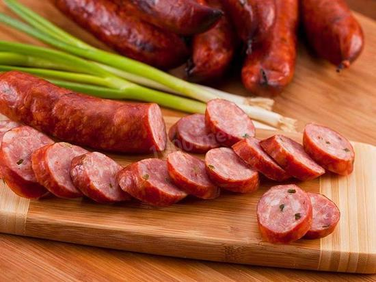 В России нашли сотни килограммов колбасы с вирусом АЧС