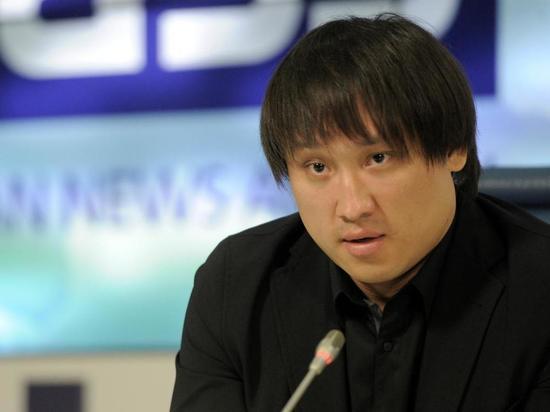 Постоянным представителем главы Калмыкии стал бывший КВНщик