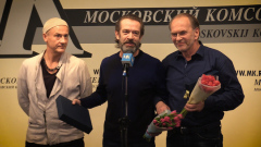 Меньшиков, Машков и Орбакайте зажгли на театральной премии