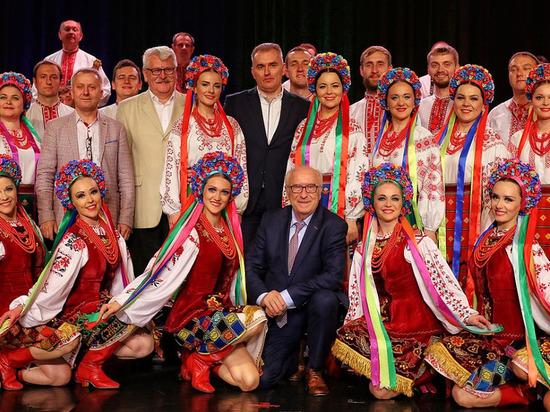 Украинский хор обратился к россиянам