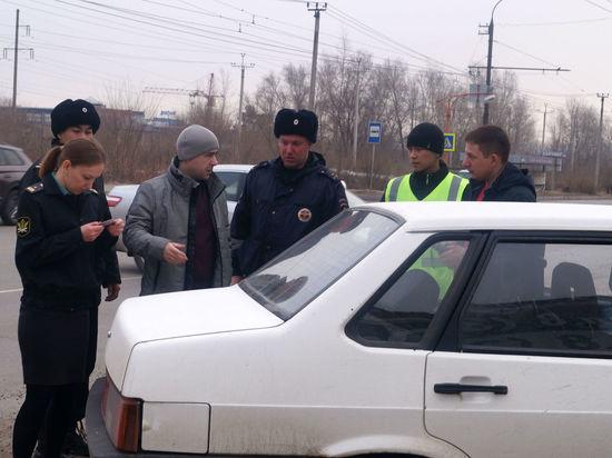 Многомиллионные суммы за нарушения ПДД с автолюбителей взыскали судебные приставы Хакасии