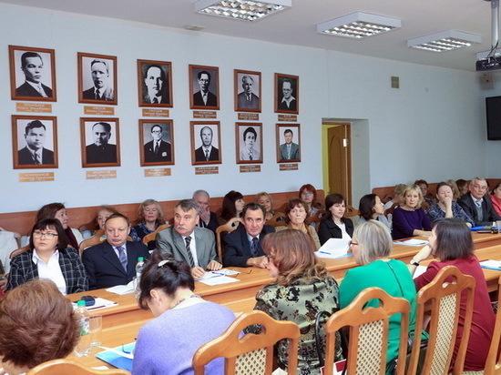 Проблемы марийской филологии обсудили на научной конференции